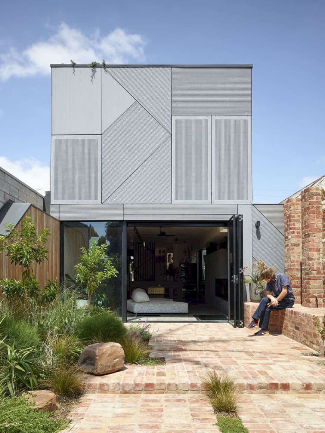 Union House A Fun Multi Level Home With Dramatic And Playful Features And Thoughtful Design In 2020 Level Homes House Melbourne House
