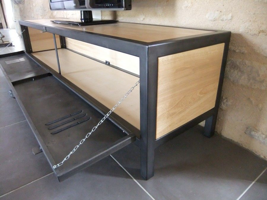 meuble tv industriel en acier bois et porte de vestiaire heure cr ation oildrums. Black Bedroom Furniture Sets. Home Design Ideas
