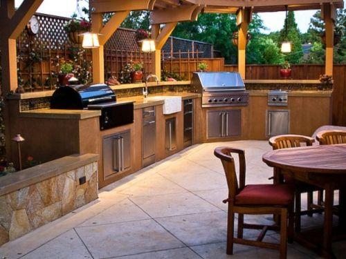 Outdoor Küche mit Grill holz möbel esstisch garten | Garten ...