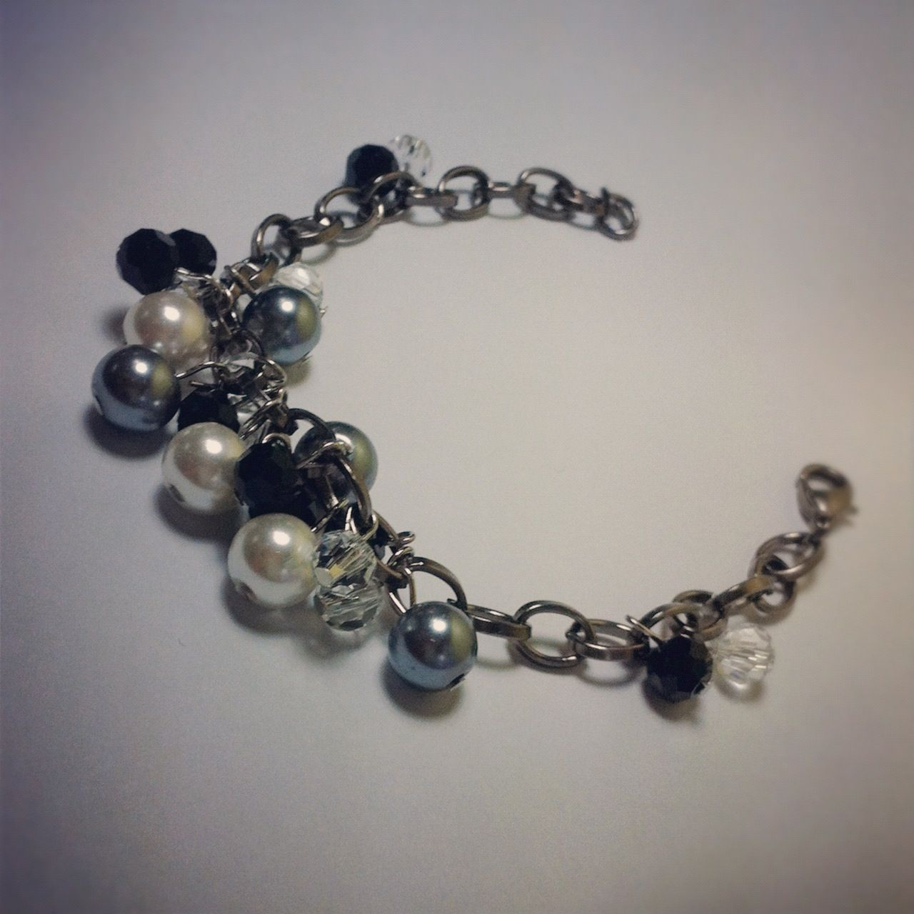 Grey pearl cluster