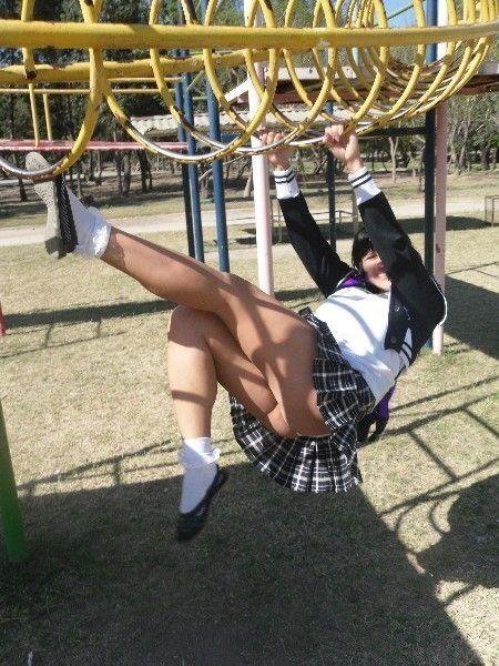 Bajo falda los calzones de la peruana - 3 part 5