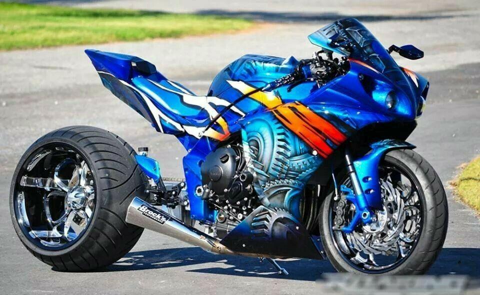 Custom Yamaha R1 Sports bikes motorcycles