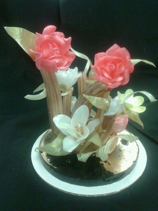 Flower sugar sculpture