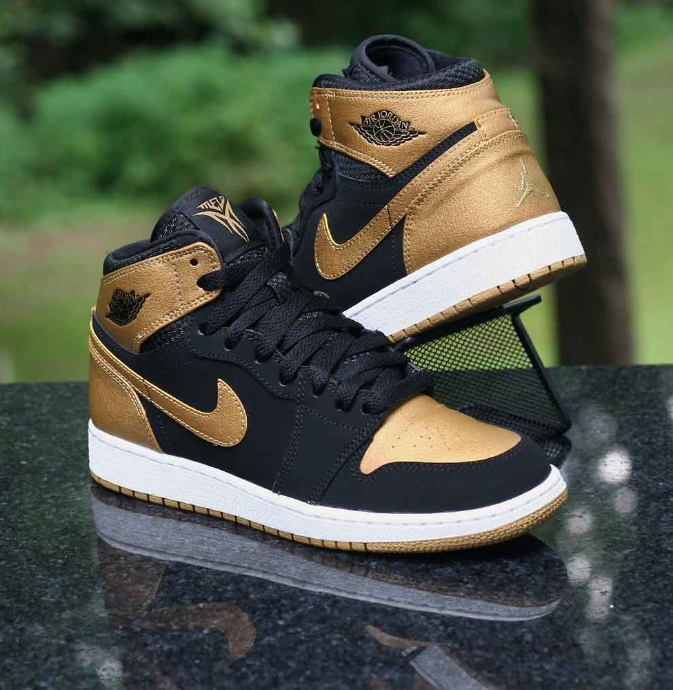 sports shoes 37db0 80f55 Nike Air Jordan 1 Retro High GS Melo PE Series Black Gold 705300-026 Size  4.5Y  Nike  BasketballShoes
