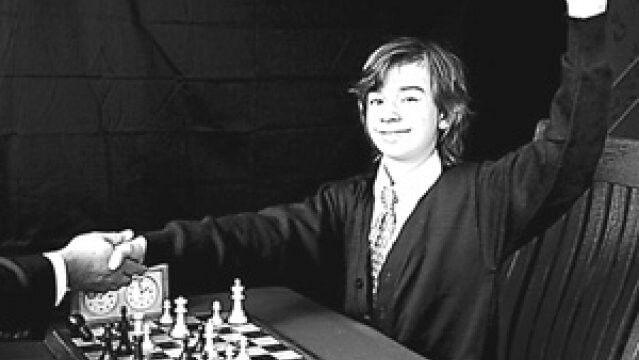 #TalDíaComoHoy 8 de enero de 1958, a los 14 años,  Bobby Fischer gana el Campeonato Nacional de Ajedrez. ¡Buenos días!
