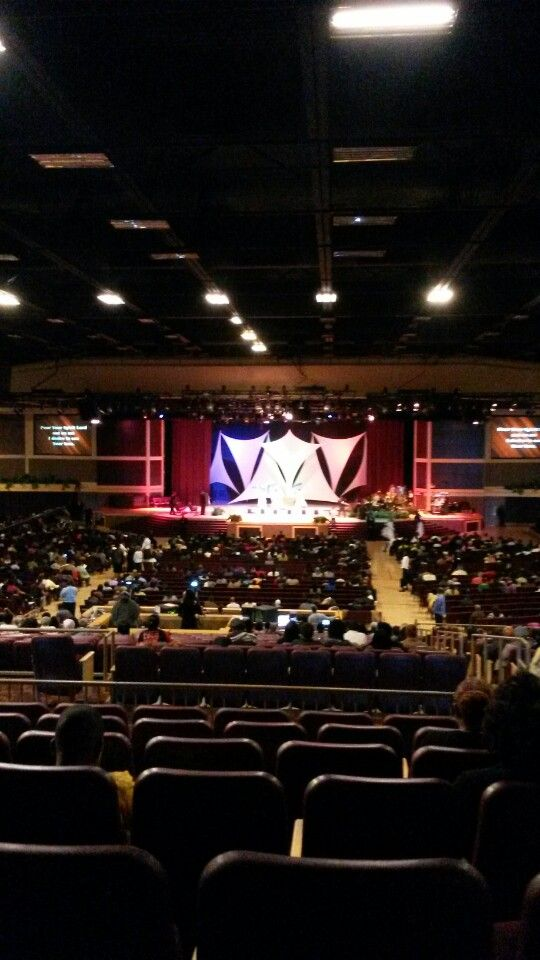 Salem Baptist Church's 10,000-seat House of Hope is the newest arena in the Chicagoland area.