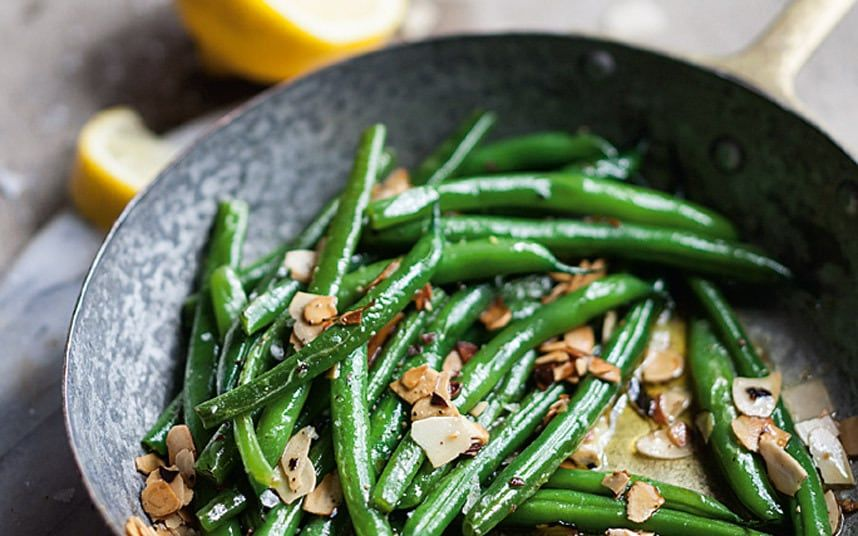 Green beans with toasted almonds and lemon butter green