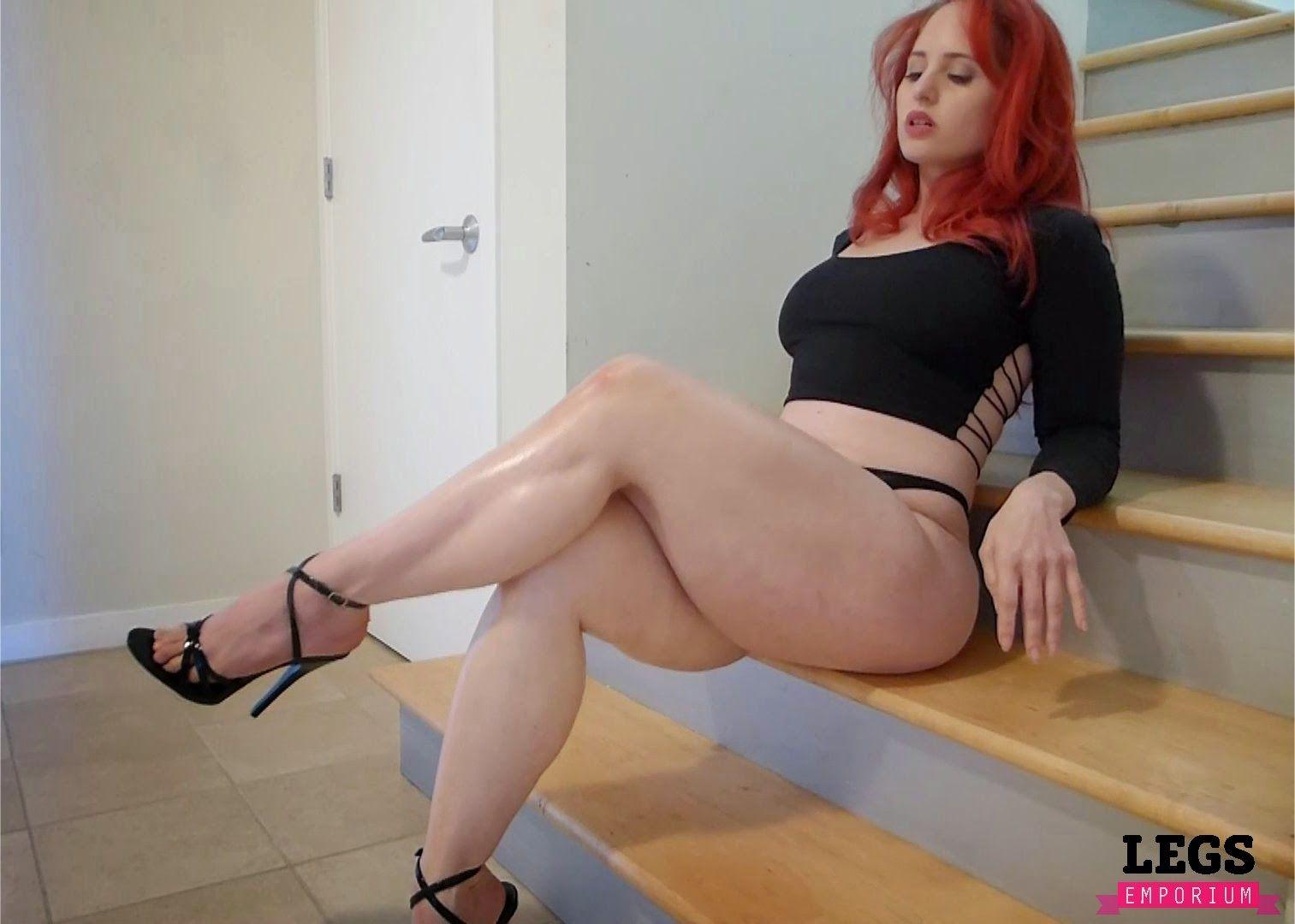 Tara reid bad boob