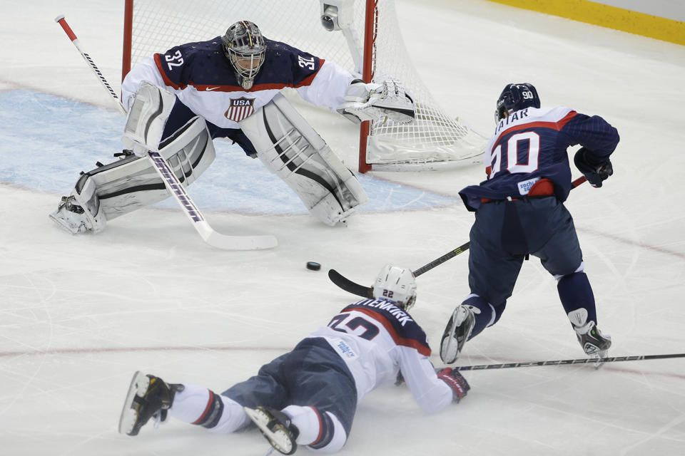 Us Crushes Slovakia 7 1 In Men S Olympic Hockey Olympic Hockey Hockey Olympics