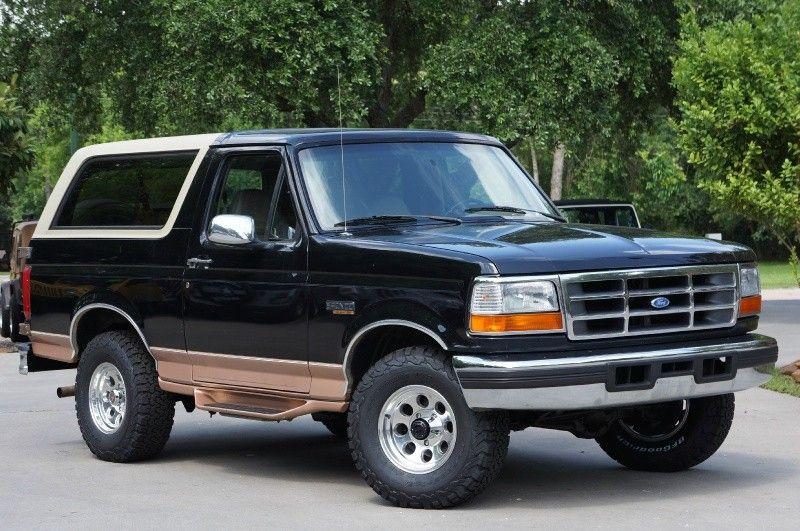 1995 Black Ford Bronco Xlt 5 8l V8 Great Original Condition W Removable Top 1995 Ford Bronco Ford Bronco Bronco