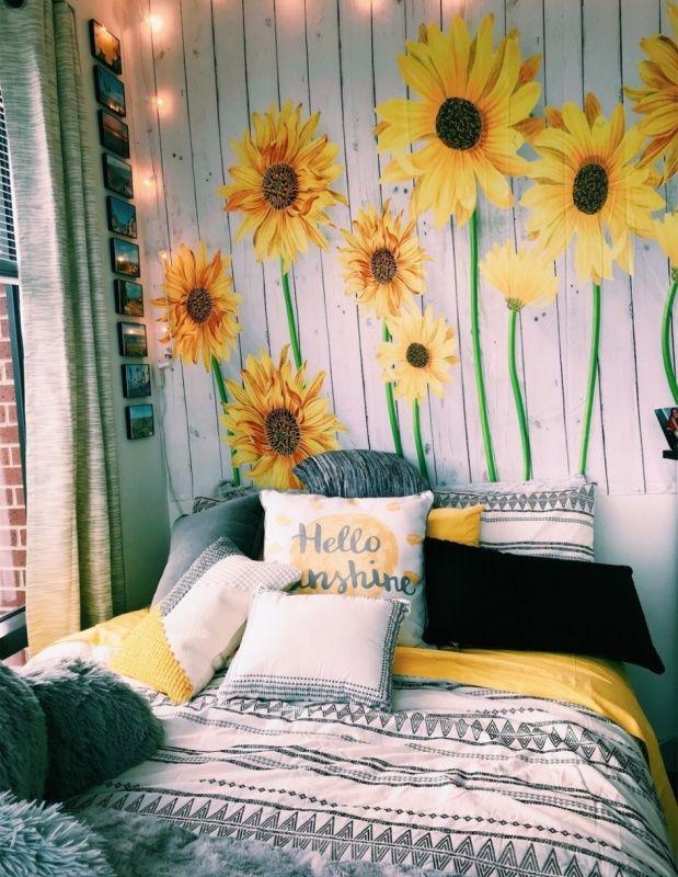 Aesthetic Dorm Room: Sunflowers Just Make Everything Seem Better