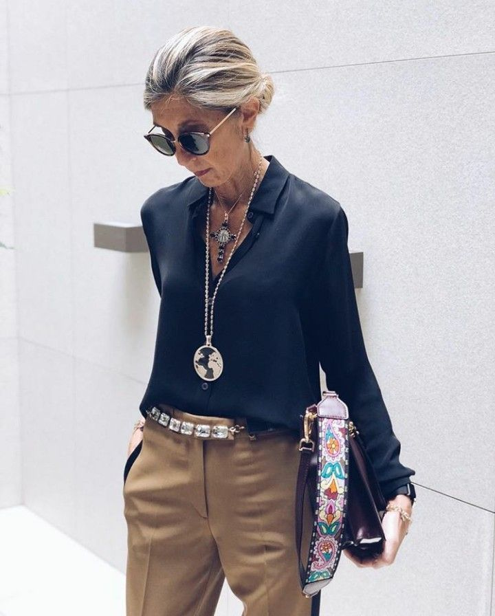 High-end shirt like this one, but no iron outfit oudere dame #fashion #outfit #ide … – Trend Mode