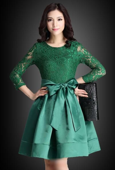 Contoh Model Gaun Pesta Brokat Kombinasi Satin