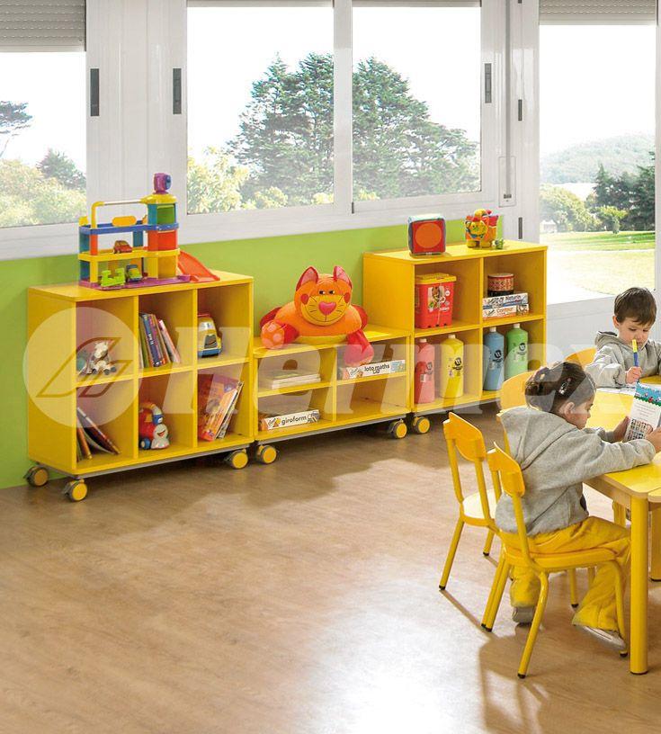 Muebles bajos para juegos escolares organizar aula for Muebles para aulas