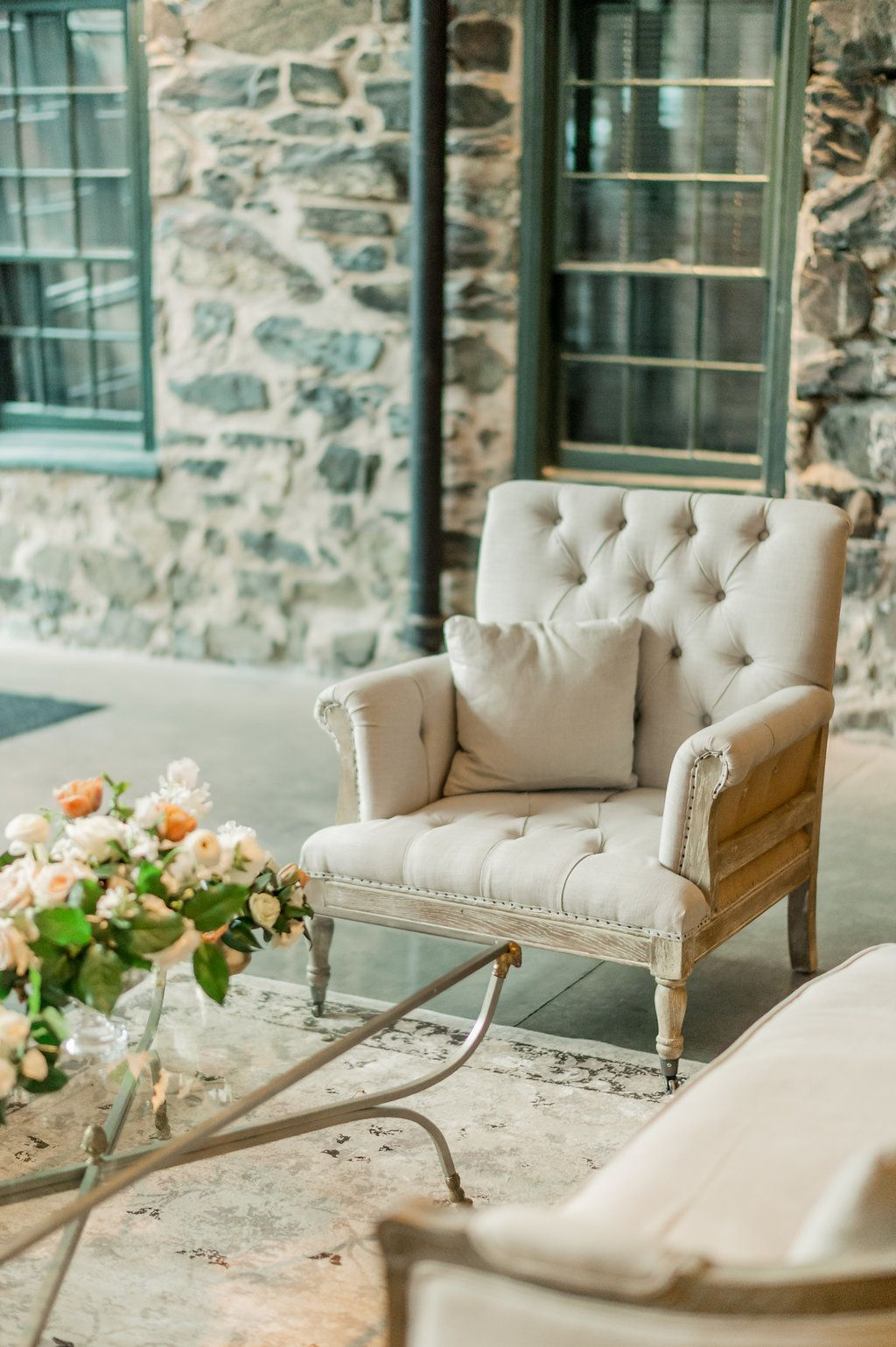 Chair Cover Rental Baltimore Patio Webbing Wedding Inspiration Planning Styling Adriana Marie Events Rentals White Glove Ft Rue Arm Photography Lauren R Swann