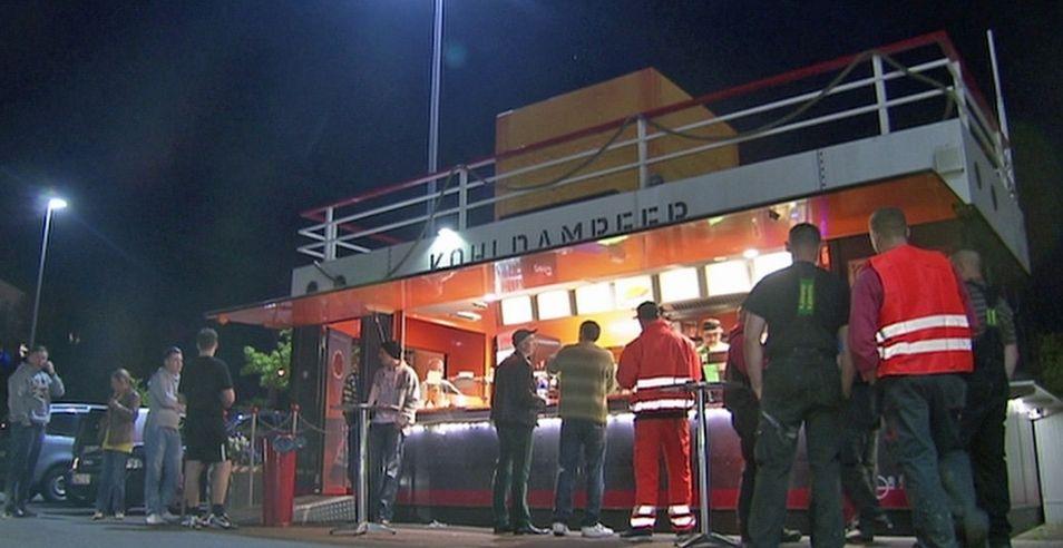 Imbissbude für Gourmets - Kohldampfer in Bremerhaven im Porträt - Jetzt bei HOTELIER TV: http://www.hoteliertv.net/gastronomie/imbissbude-für-gourmets-kohldampfer-in-bremerhaven-im-porträt/