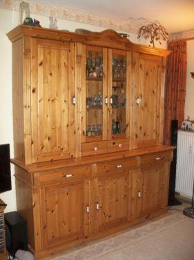 wunderschöner Kiefervitrinenschrank (Sideboard mit Aussatz