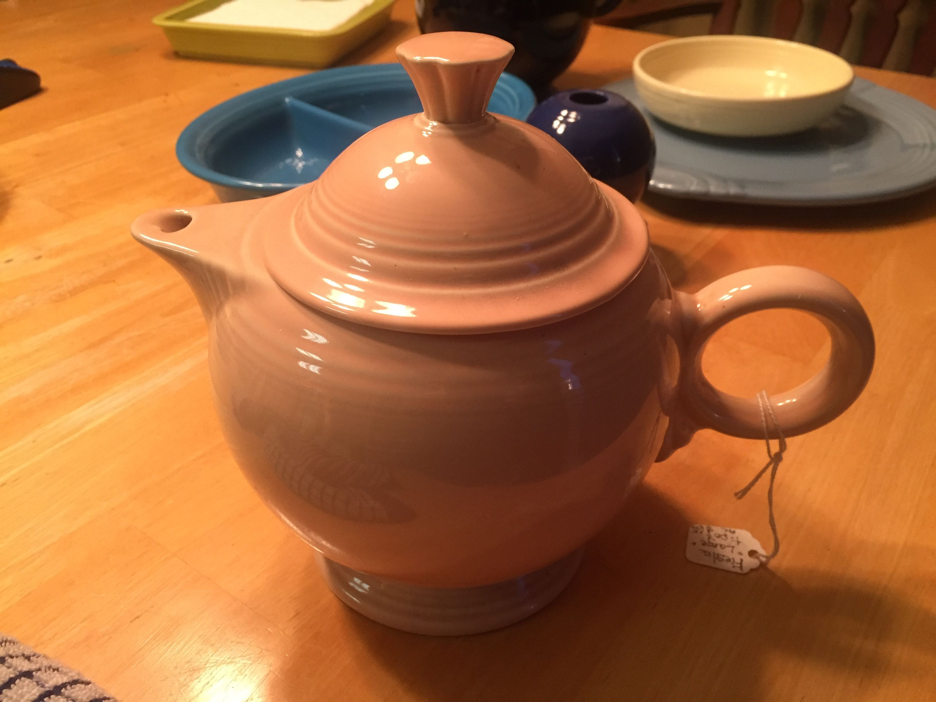 Large Teapot in Apricot (Post-86)