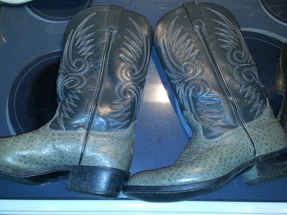 185168ff3592 Men s size 8.5 pre-owned Ostrich cowboy boots grey   10.50 (0 Bids) End  Date  Saturday Sep-29-2018 17 57 06 PDT Bid now