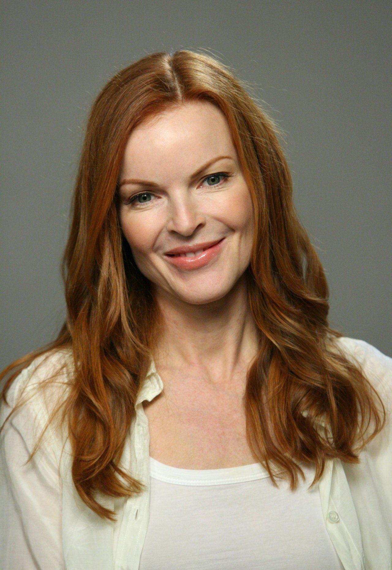 Ilona Rodgers,Leilani Bishop XXX video Lark Voorhies born March 25, 1974 (age 44),Emily Stevens (actress)