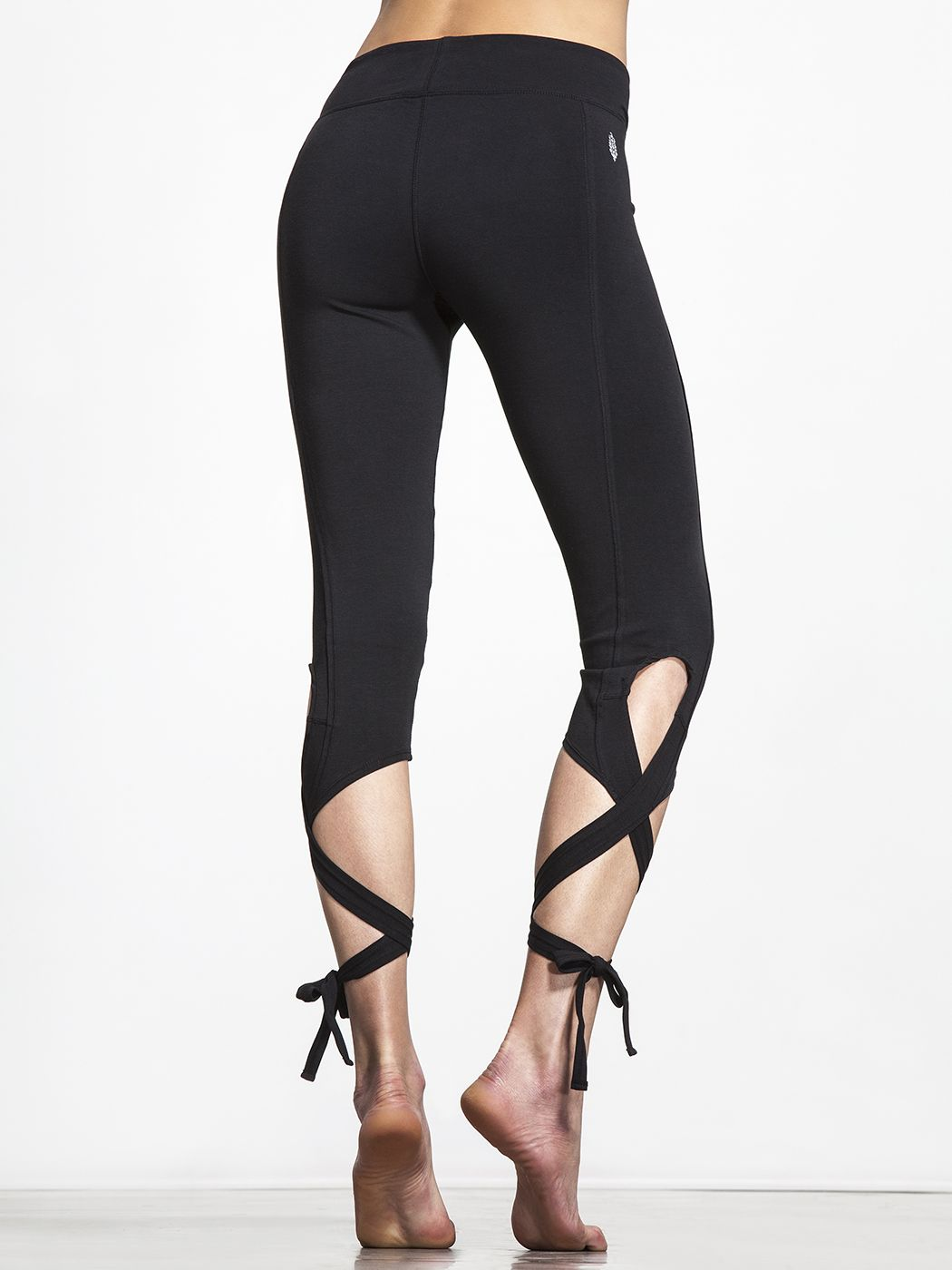5eed87df5e Upgrade your legging game with these high-performance leggings from Free  People Move. The showstopper is the versatile ties on each calf, allowing  you to ...