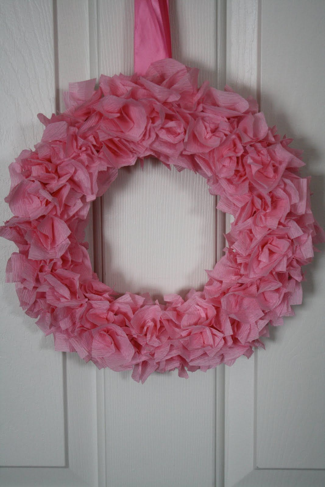 crepe paper wreath Paper wreath, Valentine wreath