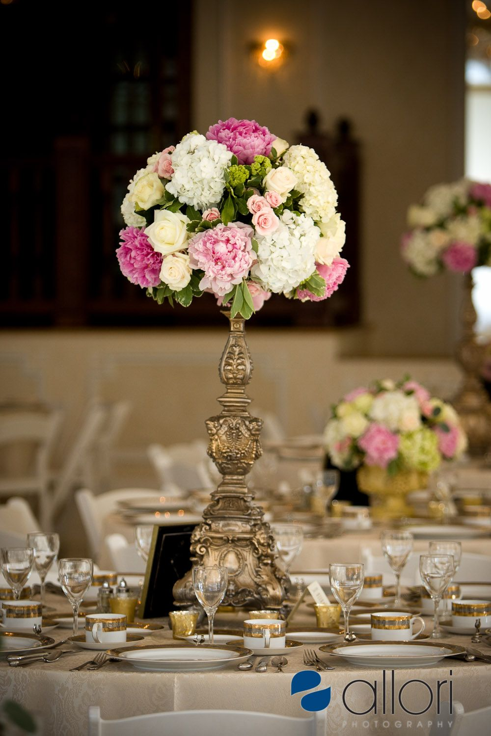 white pink green blue instead of yellow wedding table arrangement