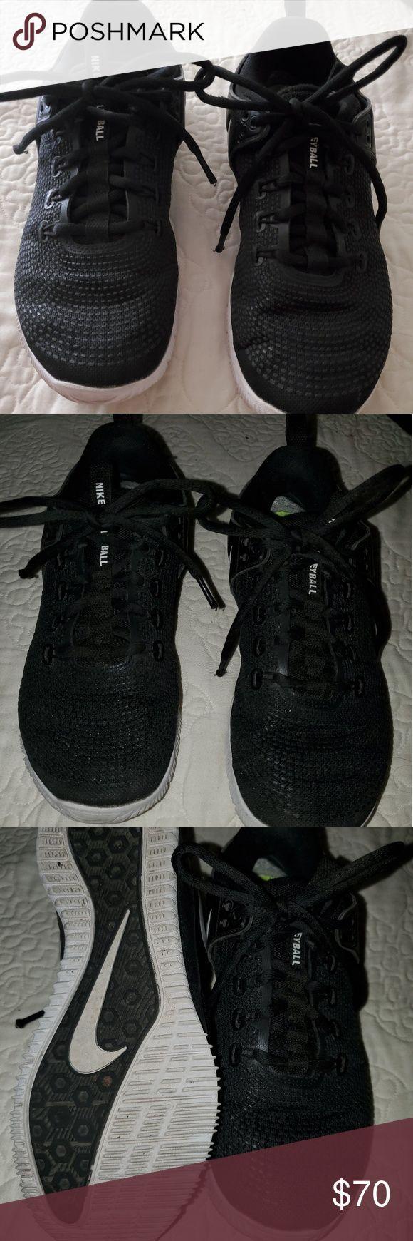 Nike Volleyballschuhe Euc Meine Tochter Trug Diese Ein Paar Mal Wenn Sie In Fashionaccessories Fashion Nike Volleyball Shoes Nike Volleyball Volleyball Shoes