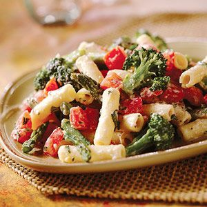 From 7 Fat-Fighting Dinners--whole wheat pasta with rictotta and vegetables