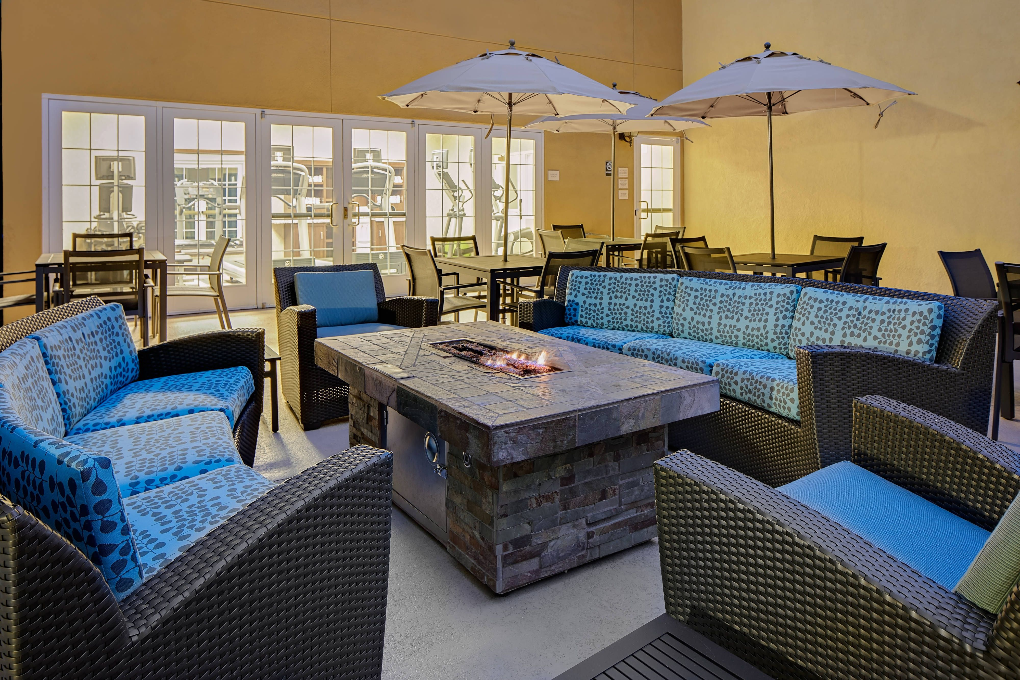 Residence Inn San Diego Mission Valley Patio Guestroom Hotel Relax