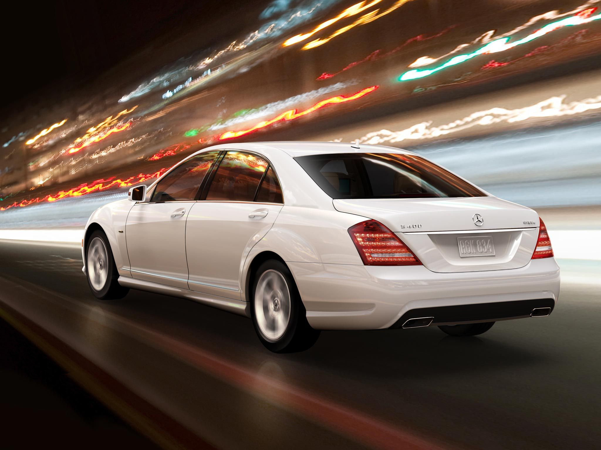 Top 5 luxurious eco friendly cars