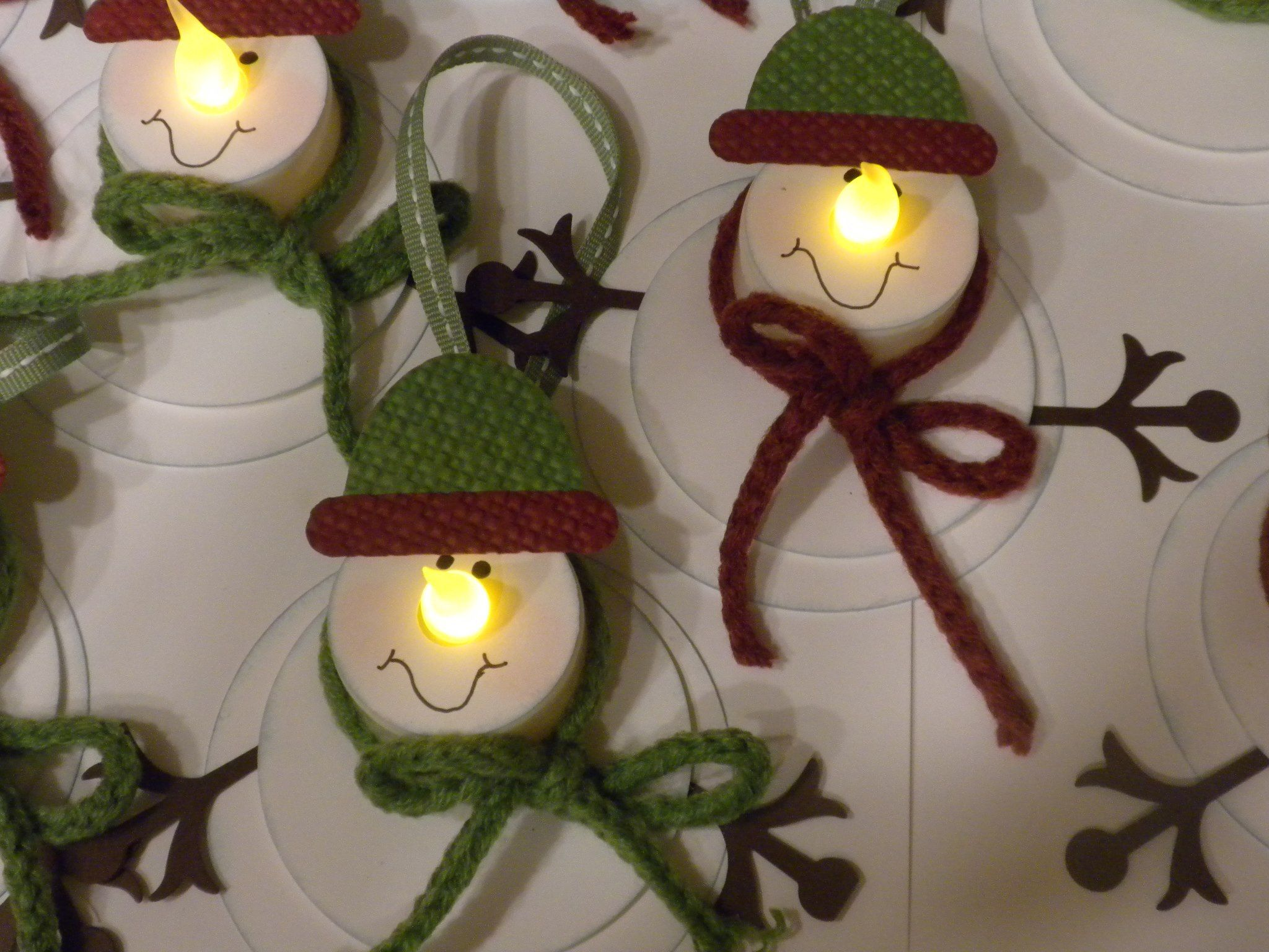 snowman ornaments or snowman tags made from tealights leslies blog