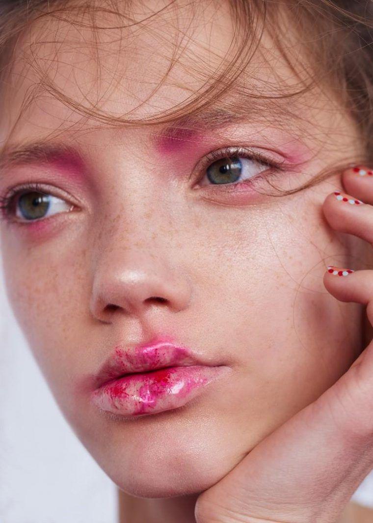 Photo of Arisha Kriukova by Fernando Gomez for Vogue Ukraine May 2017