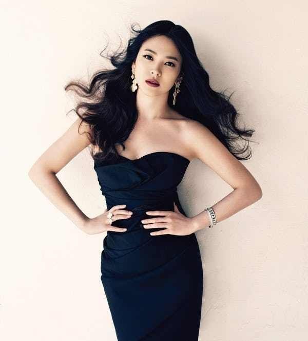 The Most Stunning South Korean Models Korean Model Asian Celebrities Song Hye Kyo