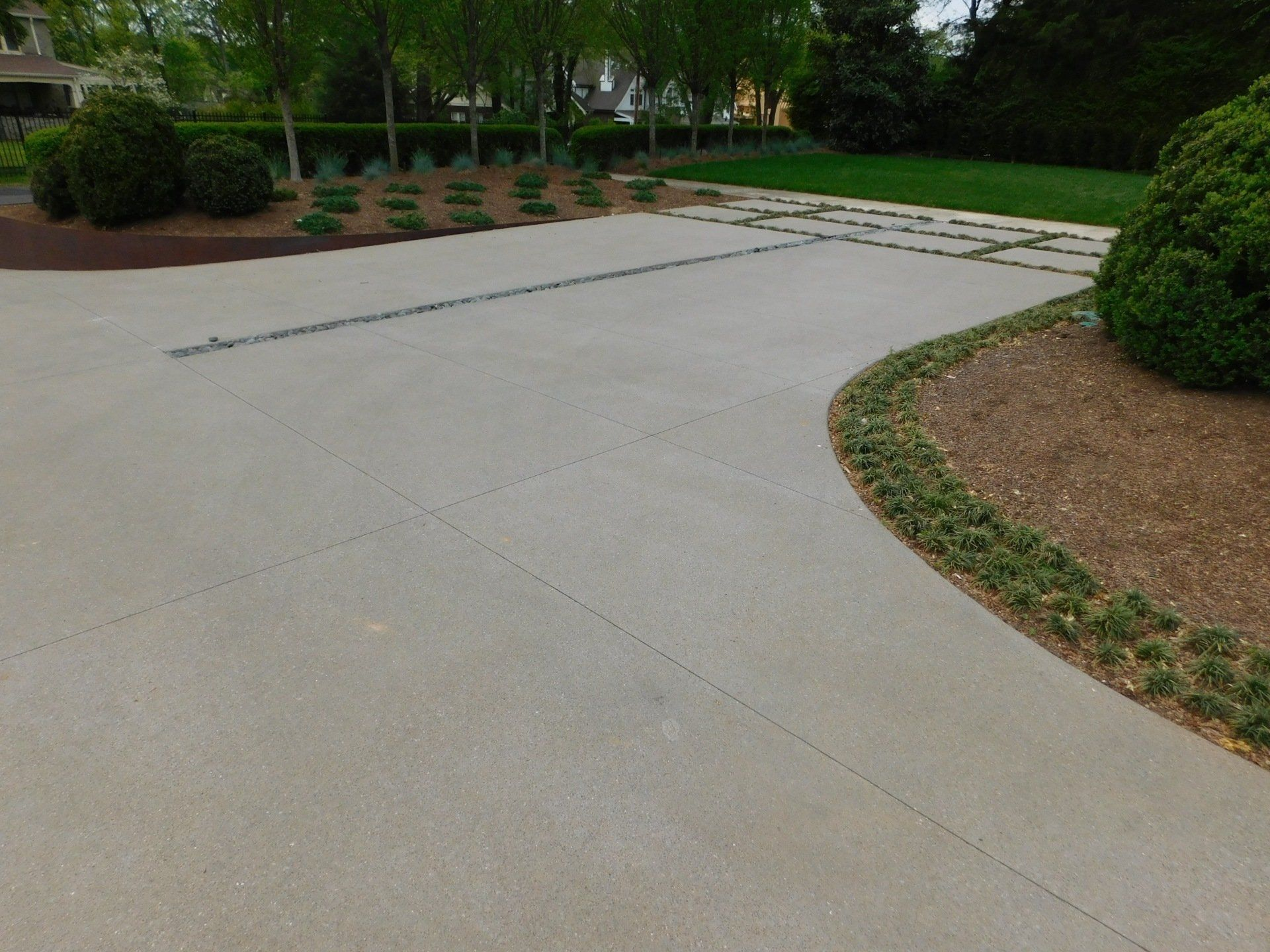 15 Top Cast Finish Concrete Driveway Color Pewter Greystone