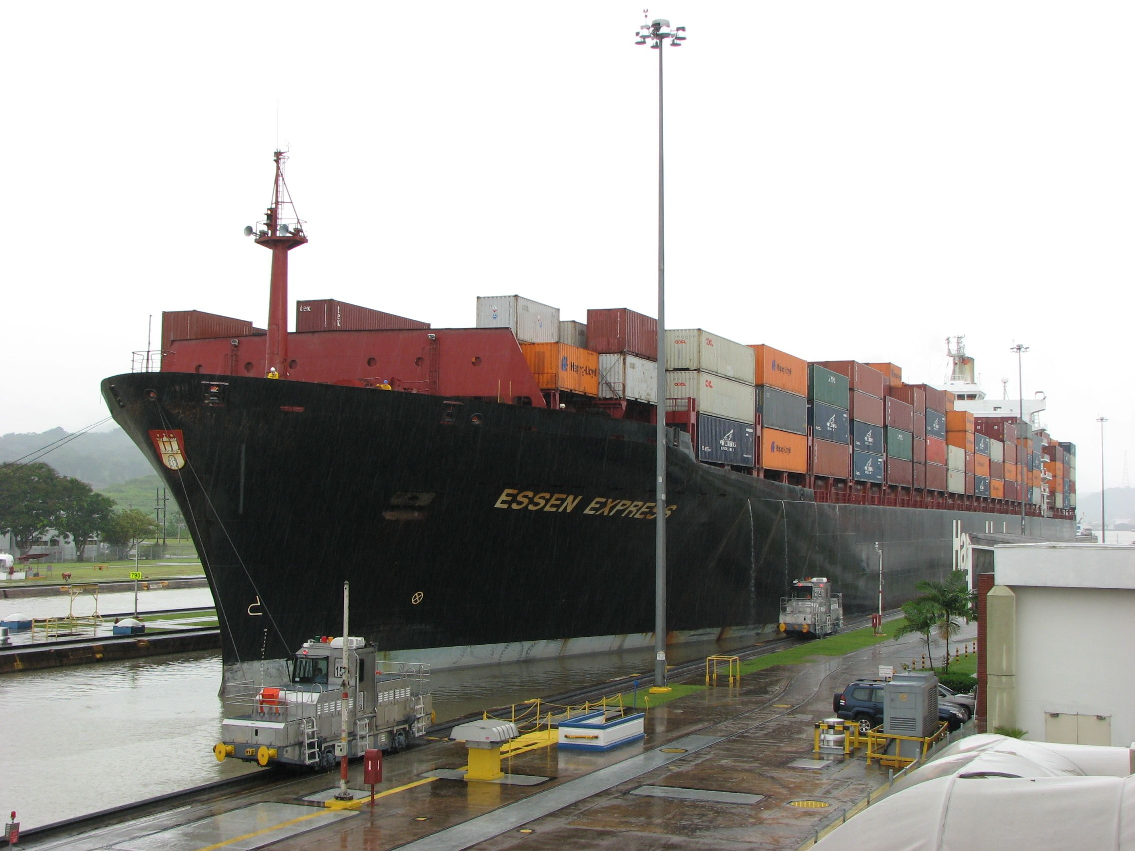 Panama Roadrunner can take you to Miraflores Locks to see the container ships go through the canal. Plan your daytrip in the city today! www.panamroadrunner.com
