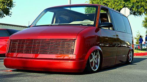 Pin By Christian Seiler On Slammed Vans Chevy Astro Van Astro Van Mini Van