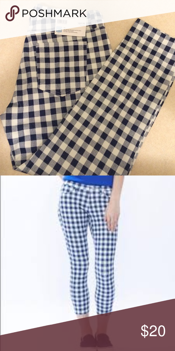 c5487949f3e227 Uniqlo blue and white checked cropped leggings Brand new with tags! Uniqlo  Pants Ankle & Cropped