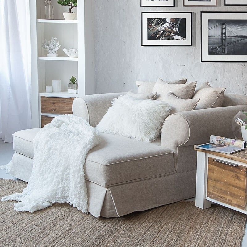 Daybed from Cielo | Small couch in bedroom, Daybed couch ...