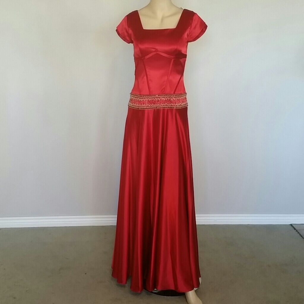 Size modest prom dress products