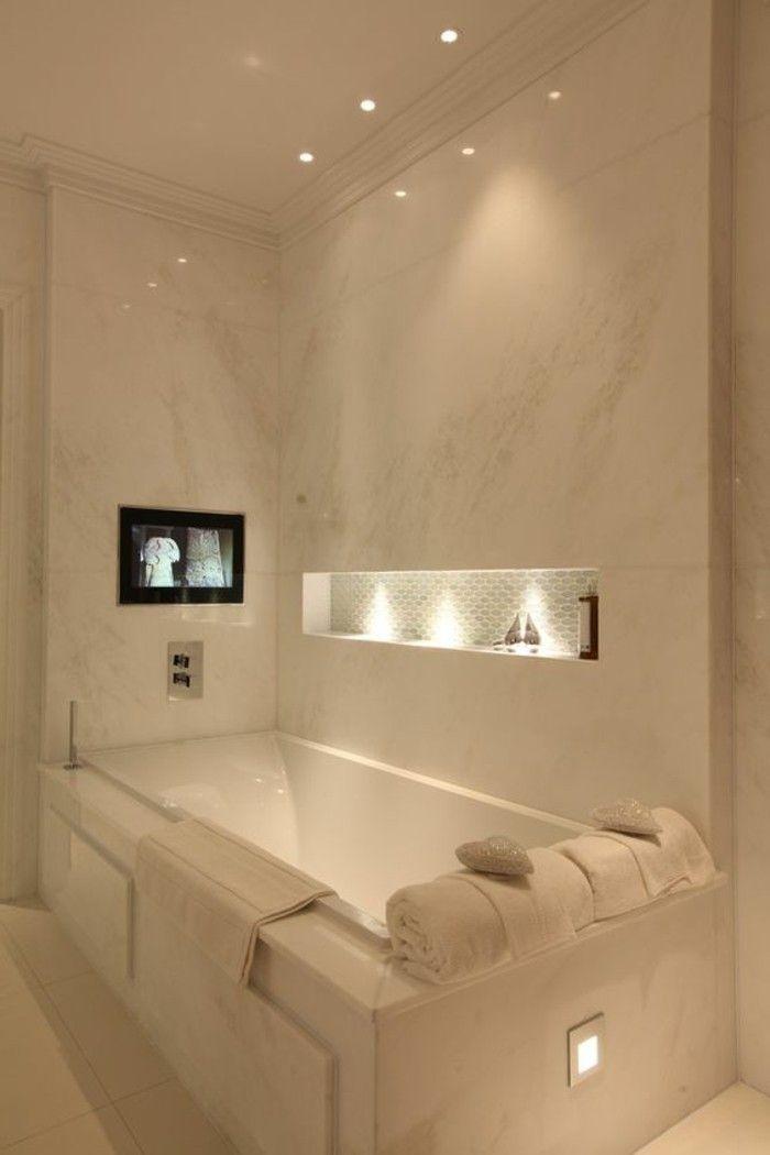 comment choisir le luminaire pour salle de bain nos propositions en 58 photos espaces de la. Black Bedroom Furniture Sets. Home Design Ideas