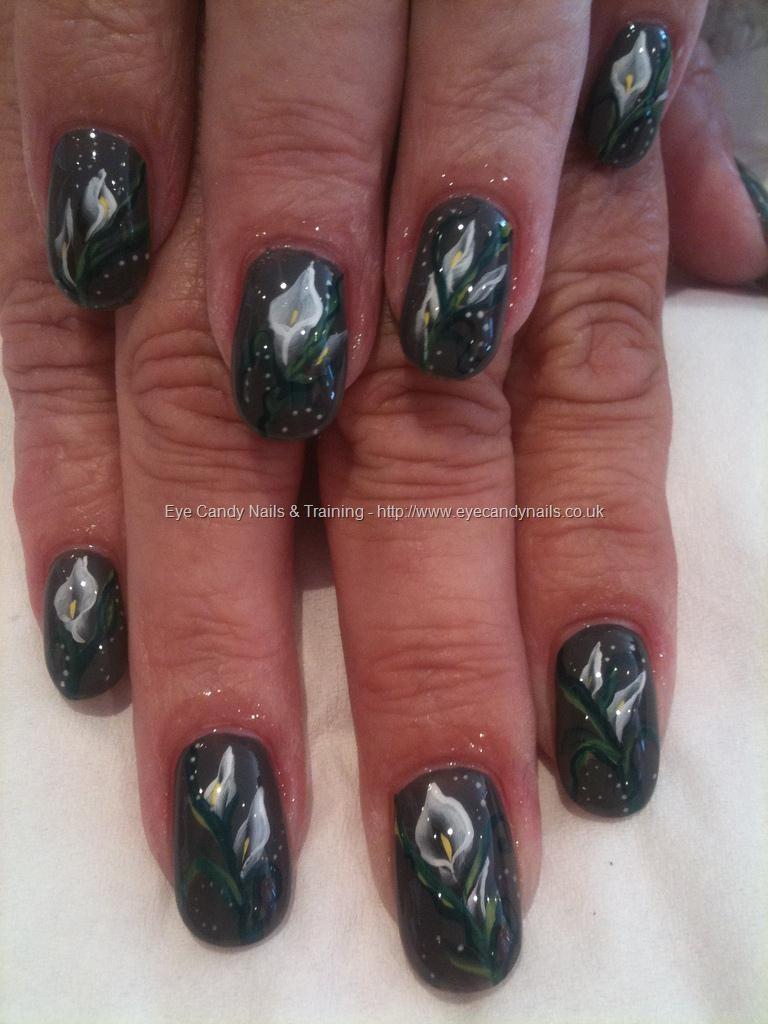 Calla Lily Nail Art Not On All Nails For Me Though Diffe Color Too