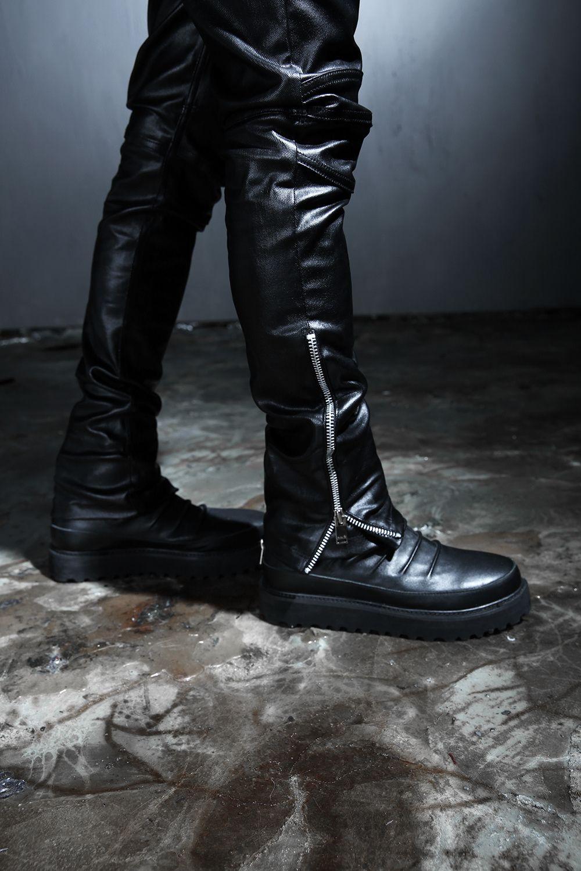 #byther #dailylook #lookbook #ootd #mensfashion #gothic #leather #allblack