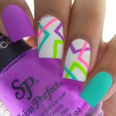 A simple yet unique looking abstract nail art design. The bright colors  help make the design look more fun and easy to recreate. - Uñas Flúor Nails Pinterest Nail Nail, Manicure And Makeup