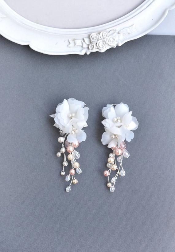 faux opals pierced earrings flower jewelry 2 flowers with purplepink beads Vintage delicate goldtone wire flowers brooch earrings set