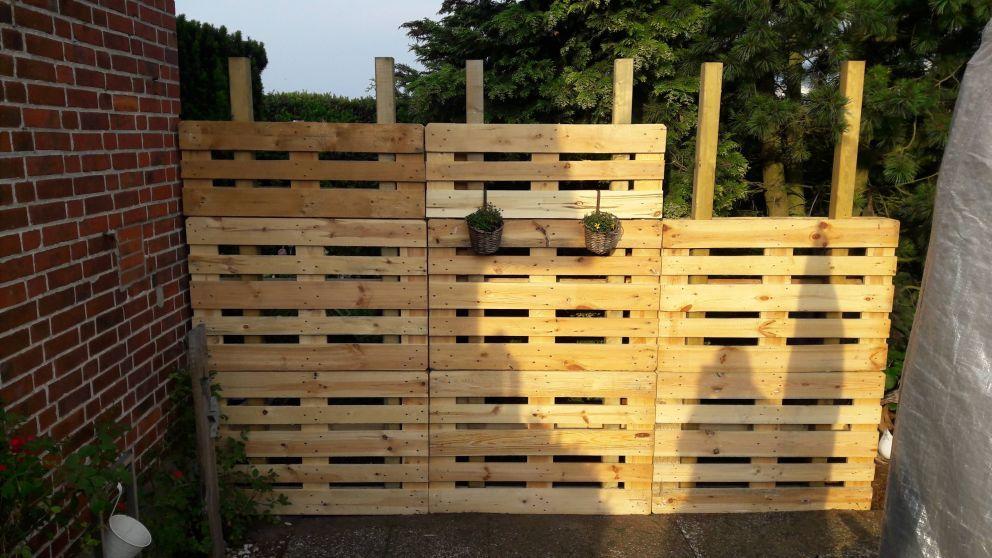 Paletten Recycling Sichtschutz Diy Gartendekoration Diy Gartenprojekte Diy Gartenbau