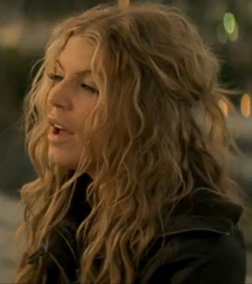 Love!!! Fergies Hair in this Video.