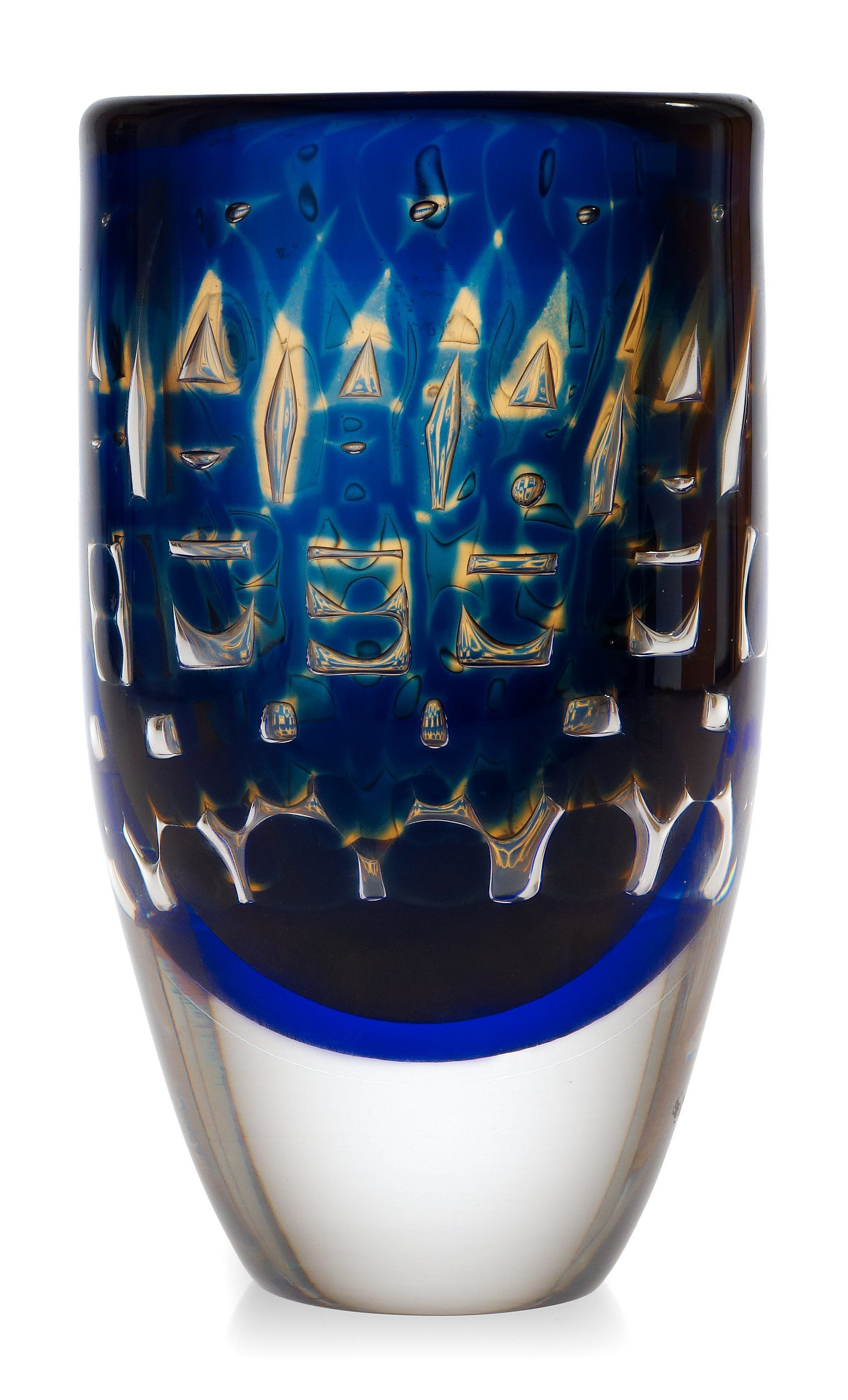 An Ingeborg Lundin 'ariel' glass vase, Orrefors 1972. Height 21 cm.