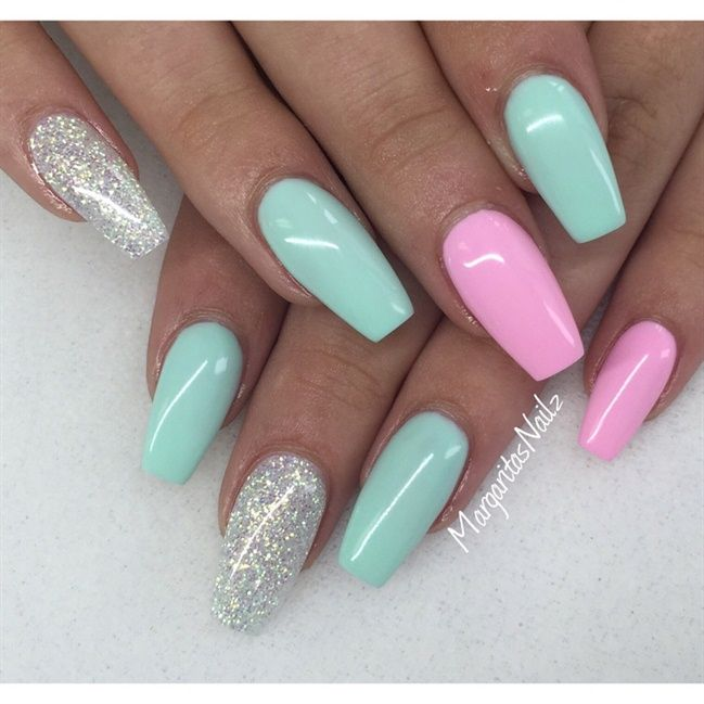 Nageldesign Ausgefallen Glitzer Beautiful Pink Green And Silver Nails I Wish I Could Have