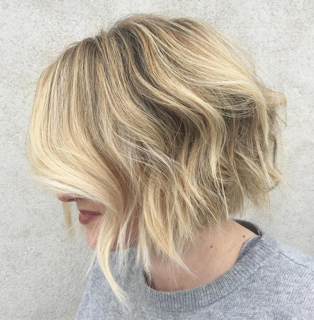 Wispy Blonde Bob With Sticking Out Ends Choppy Bob Hairstyles Bob Hairstyles Hair Styles